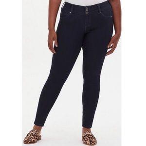 🆕 Torrid Super Stretch Dark Wash Jegging Jeans 12